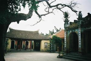 Đình làng - nơi lưu trữ khá nhiều di sản Hán Nôm ở nước ta hiện nay. Nguồn: xuandienhannom.blogspot.com