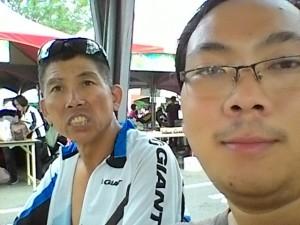 Chụp với chú Trần